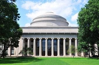 Universidade de Massachusetts Institute of Technology (M.I.T)